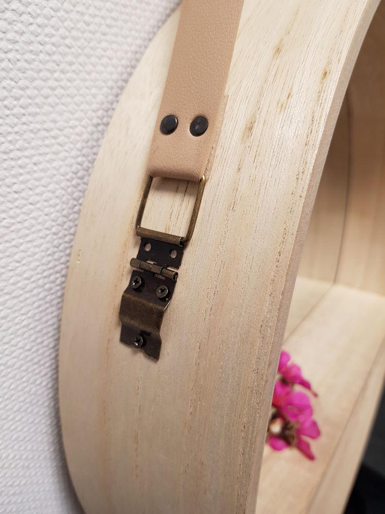 design wandspiegel rund 40 cm holz badspiegel flurspiegel spiegel mit ablage ebay. Black Bedroom Furniture Sets. Home Design Ideas