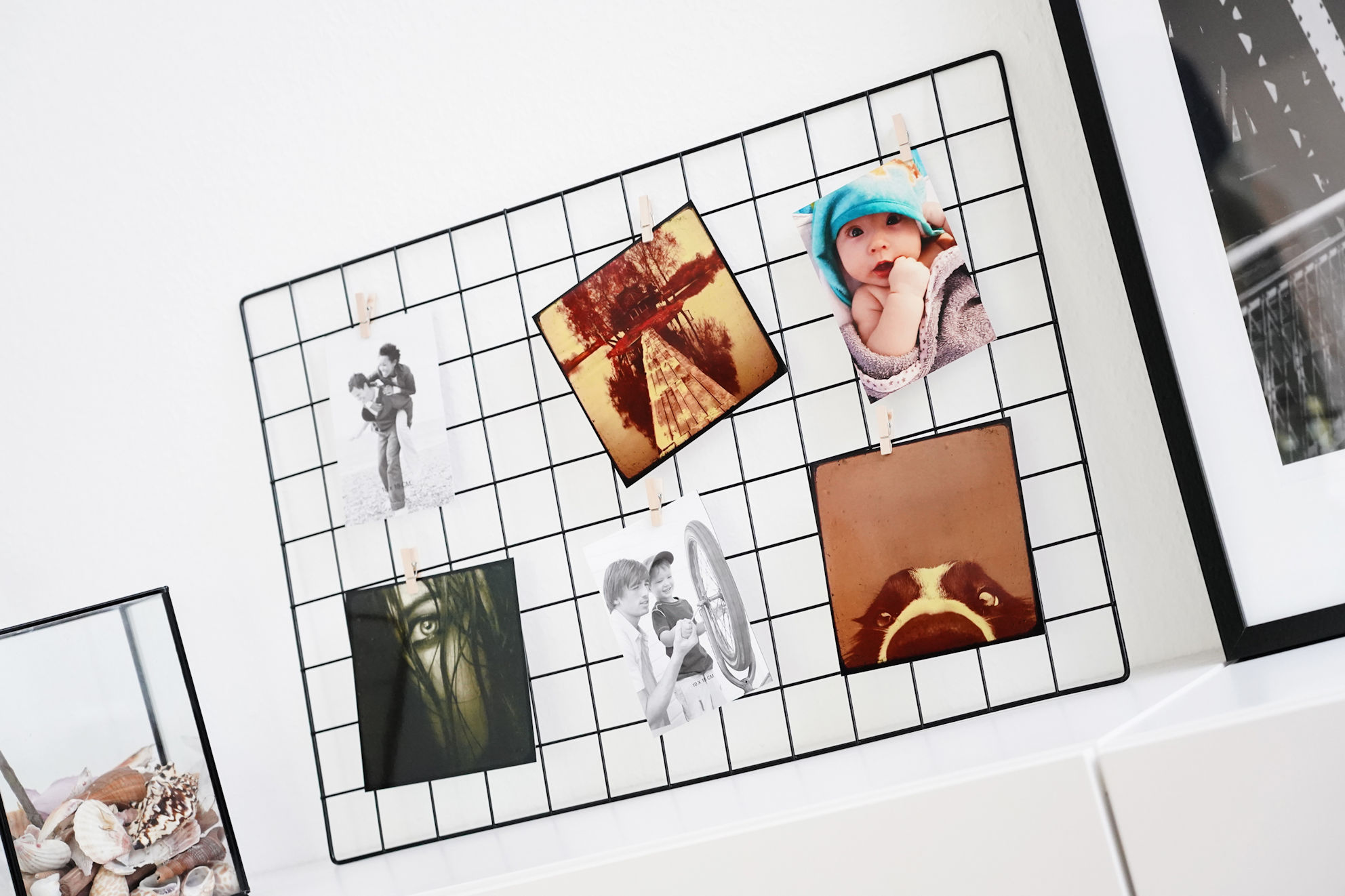 metall gitter fotorahmen 6 holz klammern 65x45 cm fotohalter bilderrahmen ebay. Black Bedroom Furniture Sets. Home Design Ideas